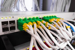 Kablowy lan w komputerowym serweru pokoju Obraz Stock