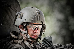 Kaboel, Afghanistan - circa, 2011 De legionair is op plicht tijdens een gevechtsopdracht in Afghanistan Royalty-vrije Stock Fotografie