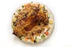Kabsa met gekookt vlees - Mandi - Kabsah - Mandi Kabsah Rice met Vlees en Groenten royalty-vrije stock foto's