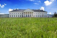 Kacina, palazzo storico di stile dell'impero nella regione di quintale della repubblica Ceca, della proprietà nazionale, della pi immagini stock