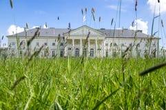 Kacina, palazzo storico di stile dell'impero nella regione di quintale della repubblica Ceca, della proprietà nazionale, della pi Fotografia Stock