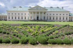 Kacina, palazzo storico di stile dell'impero nella regione di quintale della repubblica Ceca, della proprietà nazionale, della pi Fotografie Stock