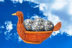 Kaczki koszykowy pełny pieniądze piłki fotografia royalty free