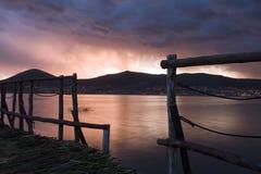 Kade op een meer Titikaka Stock Foto