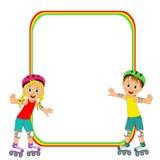 Kader met jongen en meisje op rolschaatsen Stock Afbeeldingen