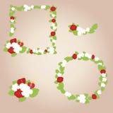 Kader van bloemen en aardbeien Stock Afbeelding