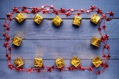Kader van giftdozen die wordt gemaakt en bijouterie Royalty-vrije Stock Fotografie