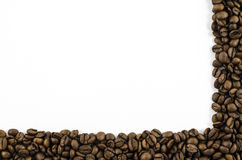 Kader van koffiebonen op witte achtergrond Stock Afbeelding