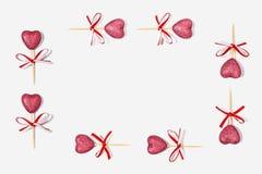 Kader van roze harten aan Valentijnskaartendag Stock Afbeelding