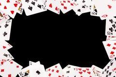 Kader van speelkaarten op een zwarte achtergrond Royalty-vrije Stock Afbeelding