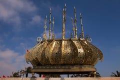 Kadzidłowy palnik przy Rabat Niedokończonym meczetem fotografia royalty free