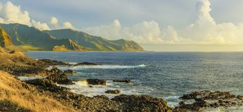 Kaena punktu stanu park przy zmierzchem, Oahu, Hawaje, usa Zdjęcia Stock