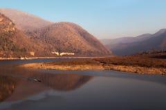 Kaeng Kora jest dużym jeziorem Zdjęcia Stock