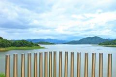 Kaeng Krachan水坝 免版税库存照片