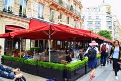 Kafé Fouquet Paris Frankrike Arkivfoton