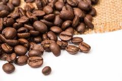 kaffe för bönakantburlap över Arkivfoton