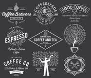 Kaffe förser med märke vit Arkivbild