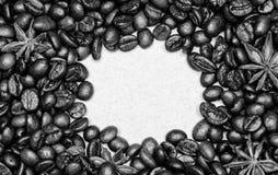 Kaffe f?r inspiration- och energiladdning Textur och bakgrundsbegrepp Coffee shop eller lager Grad av att grilla royaltyfria foton