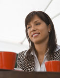 kaffe henne möte royaltyfria foton