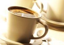Kaffe i kopp fotografering för bildbyråer