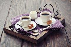 Kaffe i koppar Arkivfoto