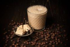 Kaffe med halva Fotografering för Bildbyråer