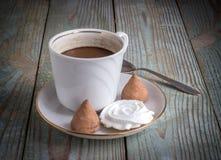 Kaffe med kräm Arkivbild