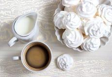 Kaffe med kräm Arkivbilder