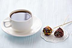 Kaffe med marshmallows Royaltyfria Bilder