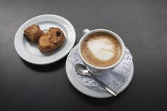 kaffe mjölkar Cortado Arkivfoto
