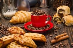Kaffe och bakelse Royaltyfri Bild