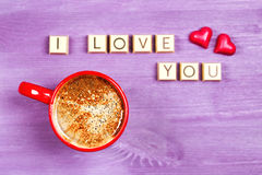 Kaffe- och chokladsötsaker ÄLSKAR JAG DIG Royaltyfria Foton