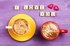 Kaffe- och chokladsötsaker ÄLSKAR JAG DIG Royaltyfri Foto