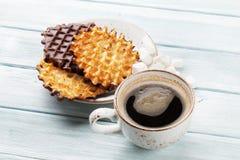 Kaffe och dillandear royaltyfri bild