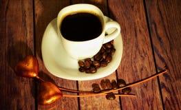 Kaffe och förälskelse Arkivbilder