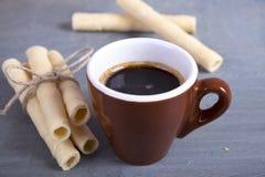 Kaffe och kakor Arkivbild