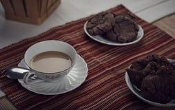 Kaffe och kakor Royaltyfria Bilder