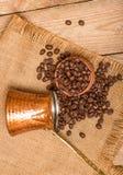 Kaffe och kokkärl Arkivfoto
