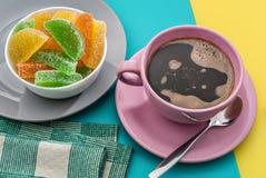 Kaffe och marmelad Arkivfoto