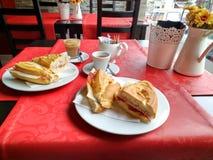 Kaffe och mellanmål Royaltyfri Foto
