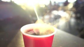 Kaffe och morgon, affär stock video