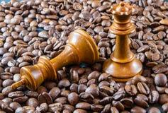 Kaffe och schack Fotografering för Bildbyråer