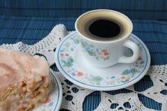 Kaffe och tårta Royaltyfria Foton