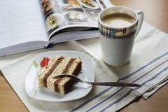 Kaffe och tårta Royaltyfri Fotografi