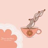 kaffe och te rånar med den blom- modellen Koppbakgrund Varm drin Arkivfoto