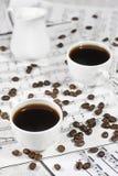 Kaffe på anmärkningsark Royaltyfri Fotografi