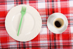 Kaffe på en frukosttabell Arkivbilder