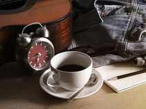 Kaffe på ferie med min jeans Royaltyfri Foto