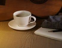 Kaffe på ferie med min jeans Arkivfoto