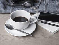 Kaffe på ferie med min jeans, Fotografering för Bildbyråer